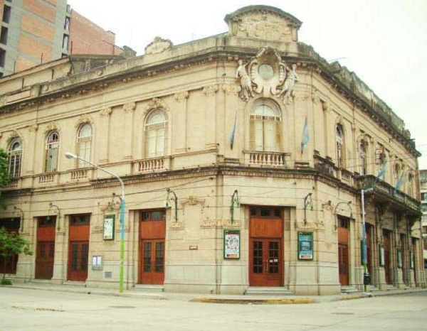 adn tucumano teatro alberdi